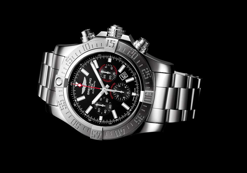 Breitling Super Avenger 01 Boutique Edition - reclining