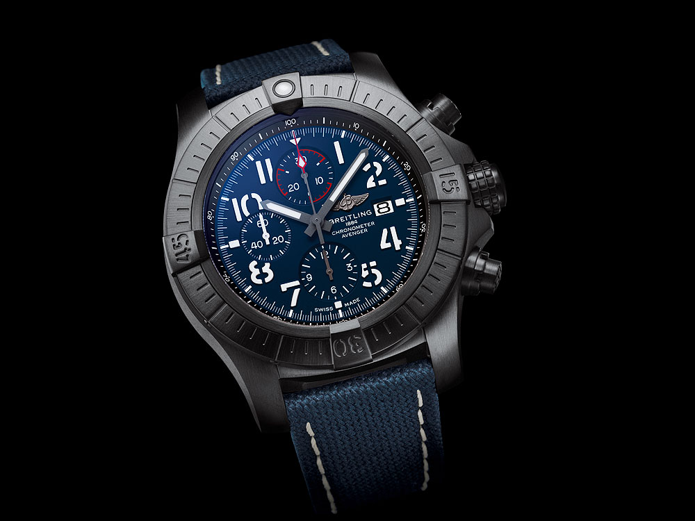 Breitling Super Avenger Chronograph 48 Night Mission - front