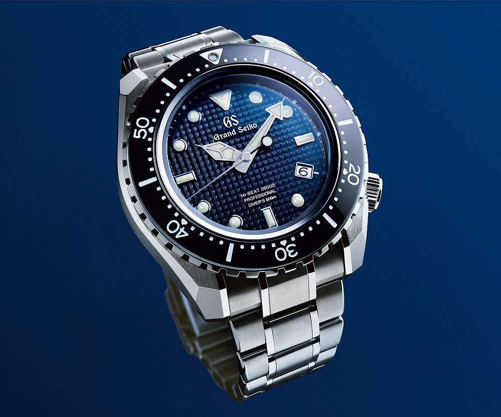 Grand Seiko Hi-Beat 36000 Divers - blue dial - angle