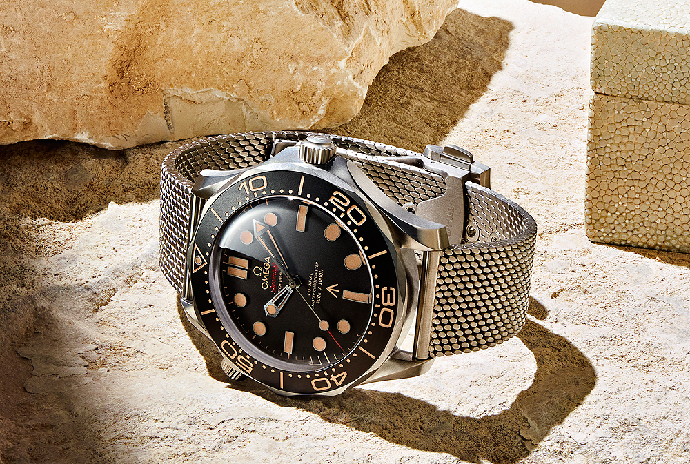 Omega Seamaster Diver 300M 007 Edition - reclining