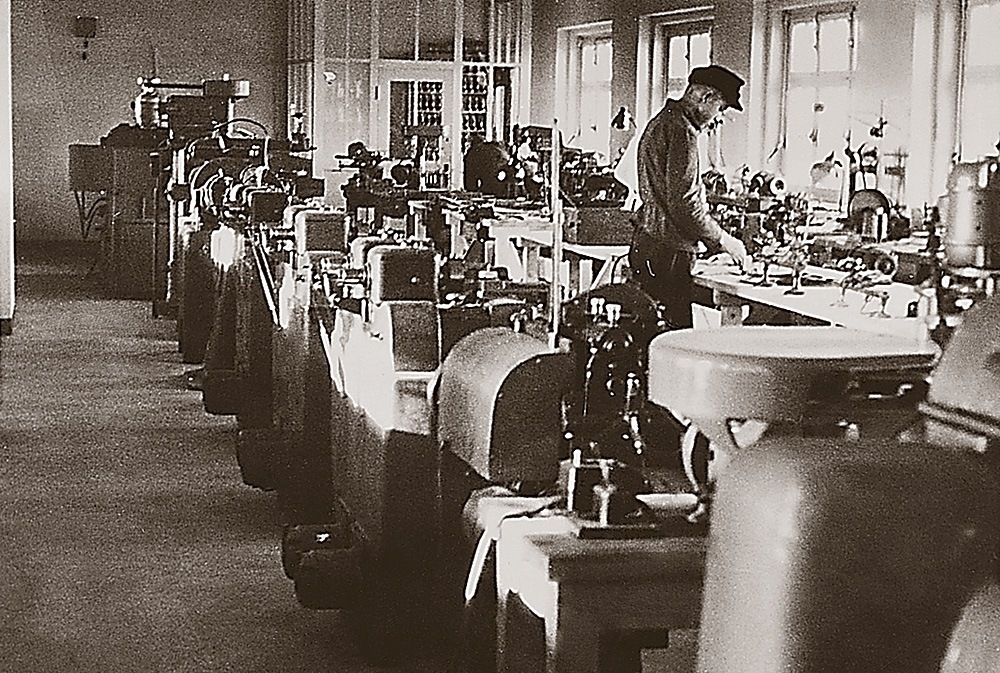 Tutima watch factory - workers
